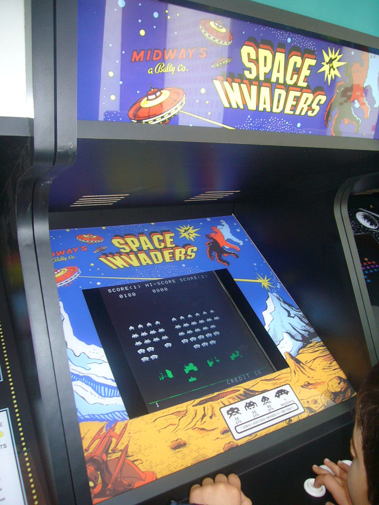 Pristine Original Space Invaders Stand Up Arcade Game